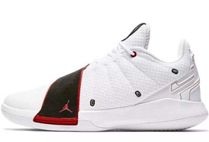 内场实战篮球鞋性价比最高的有哪些 高个子如何选择内场球鞋