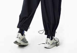 穿球鞋怎么搭配裤子好看 超好看裤装搭配推荐