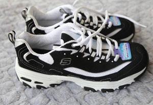 斯凯奇熊猫鞋有假货吗 如何鉴定斯凯奇熊猫鞋